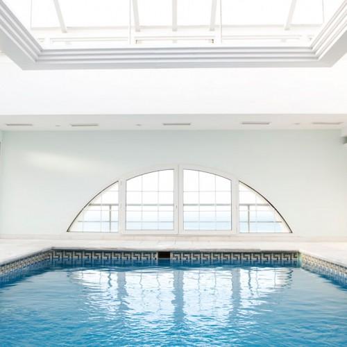 Bright Fresh Pool Extension