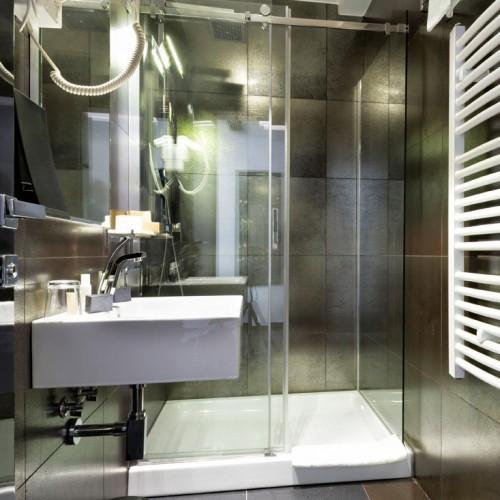 Hotel Bathroom En-suite